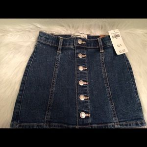 Abercrombie Kids button down dark denim skirt.
